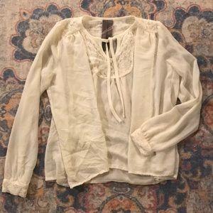 The gorgeous blouse